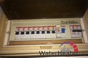 disable-power-supply-ariston-storage-water-heater-leaking-ariston-water-heater-city-singapore