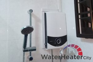 installed-ariston-instant-water-heater-services-water-heater-city-singapore