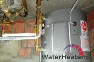 rheem-queenstown-storage-water-heater-services-water-heater-city-singapore-2
