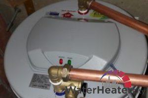 rheem-storage-water-heater-installation-services-water-heater-city-singapore-condo-queenstown-2