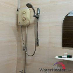 rubine-instant-water-heater-replacement-services-water-heater-singapore-hdb-choa-chu-kang-2